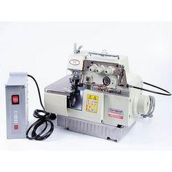 Máquina de costura fechadeira de braço